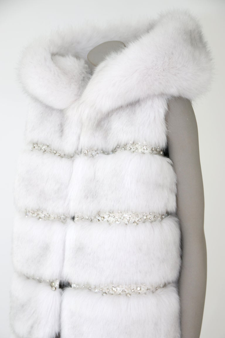 Pelush White Faux Fur Fox Vest With Crystal Embroidery And Detachable Hood - S For Sale 2