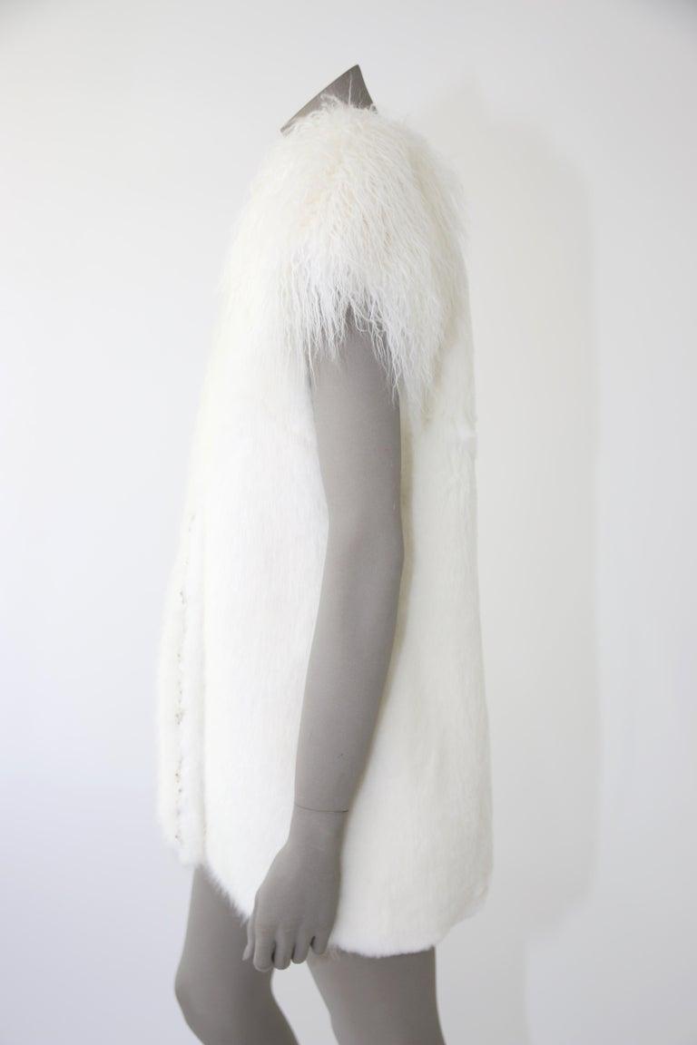 Pelush White Faux Fur Mink Vest with Details - One Size S/M For Sale 5