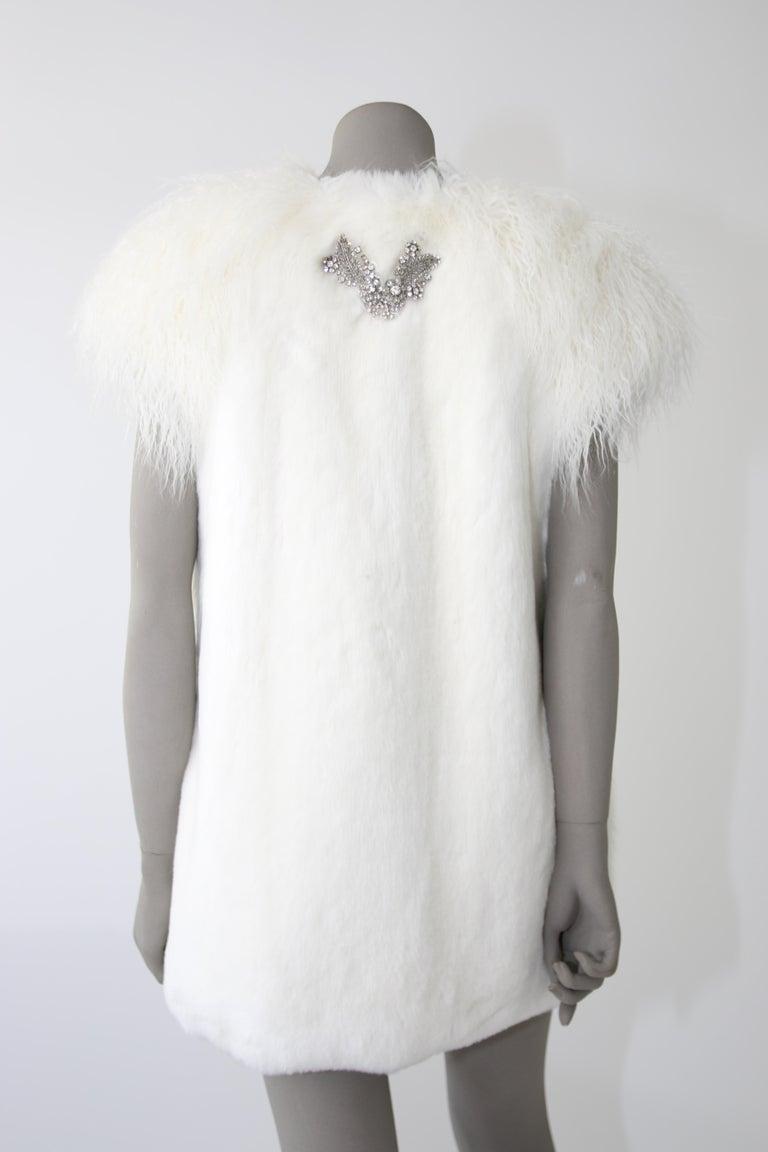 Pelush White Faux Fur Mink Vest with Details - One Size S/M For Sale 6