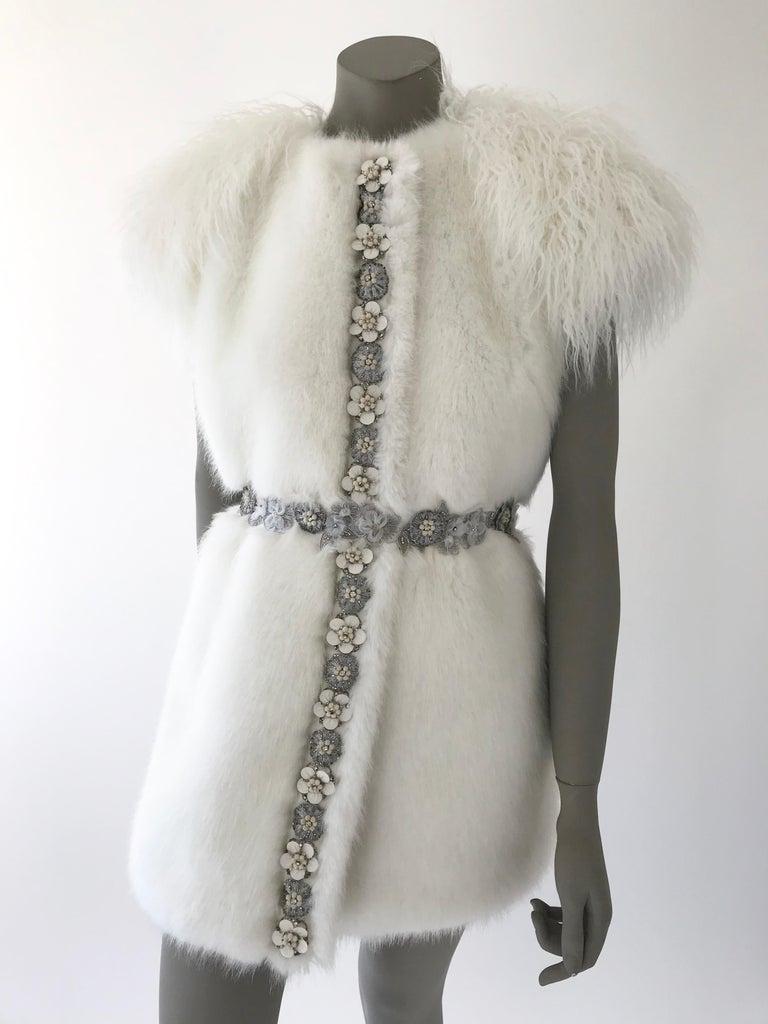 Pelush White Faux Fur Mink Vest with Details - One Size S/M For Sale 7