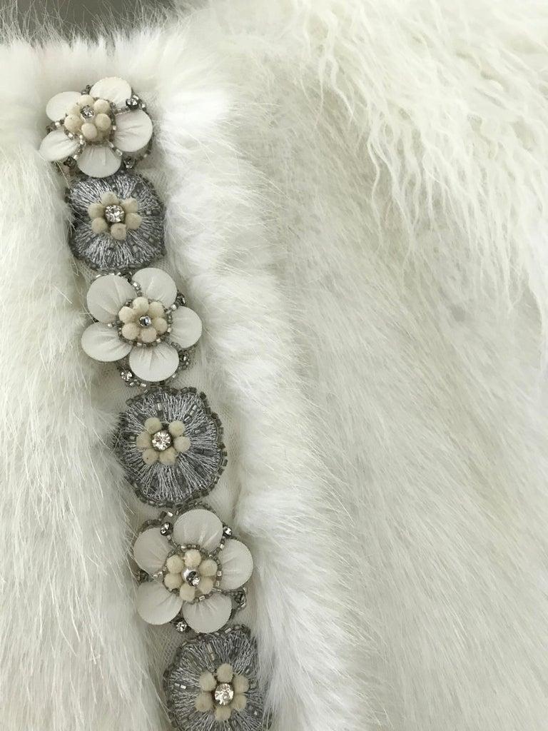 Pelush White Faux Fur Mink Vest with Details - One Size S/M For Sale 8