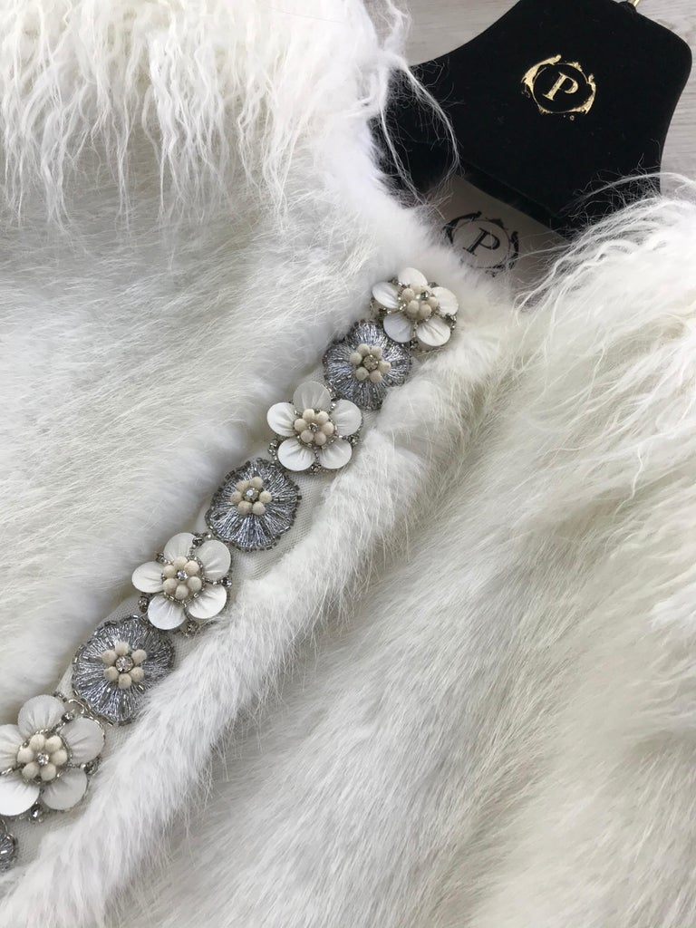 Pelush White Faux Fur Mink Vest with Details - One Size S/M For Sale 9
