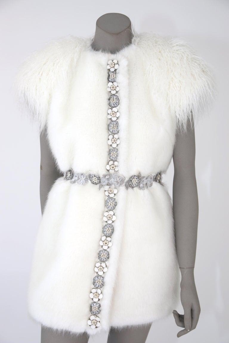 Gray Pelush White Faux Fur Mink Vest with Details - One Size S/M For Sale