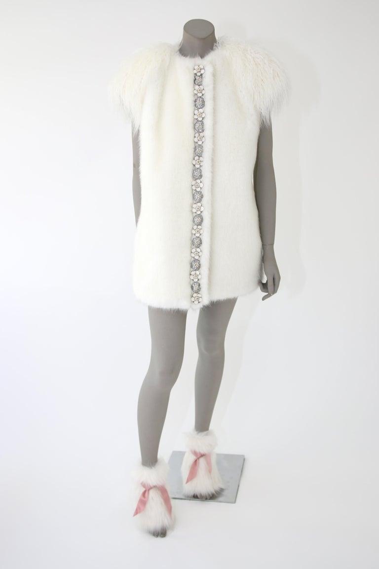 Pelush White Faux Fur Mink Vest with Details - One Size S/M For Sale 1