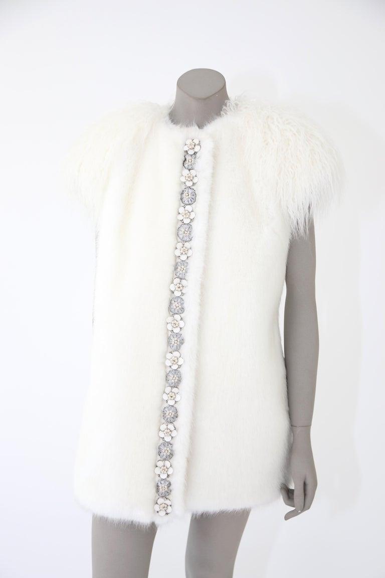 Pelush White Faux Fur Mink Vest with Details - One Size S/M For Sale 4