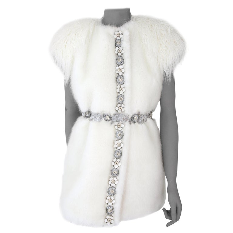 Pelush White Faux Fur Mink Vest with Details - One Size S/M For Sale
