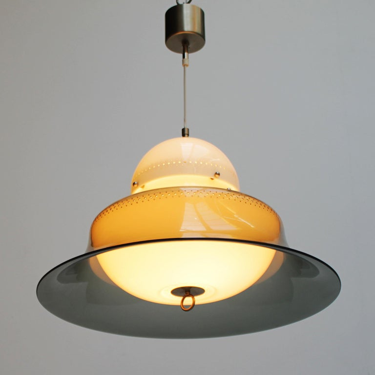 Pendant model KD14 by Sergio Asti for Kartell 1963, Italy. Plastic and nickel plated brass.
