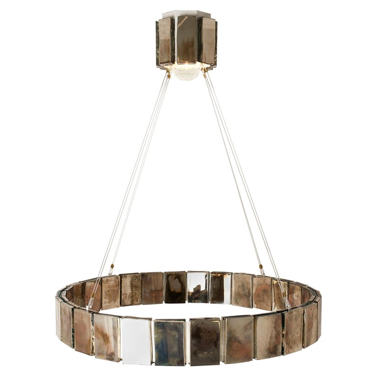 This pendant lamp is a contemporary piece, made in Tuscany Italy, manufactured entirely by hand, 100% of Italian origin.