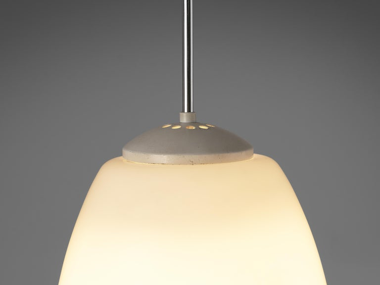 Pendant Lamps in Opaline Glass and Metal In Good Condition For Sale In Waalwijk, NL