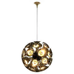Pendant Light in Gold and Brass