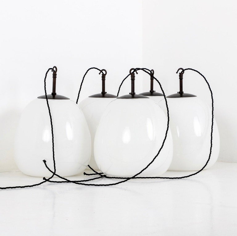 Pendant Lights In Good Condition For Sale In Los Angeles, CA