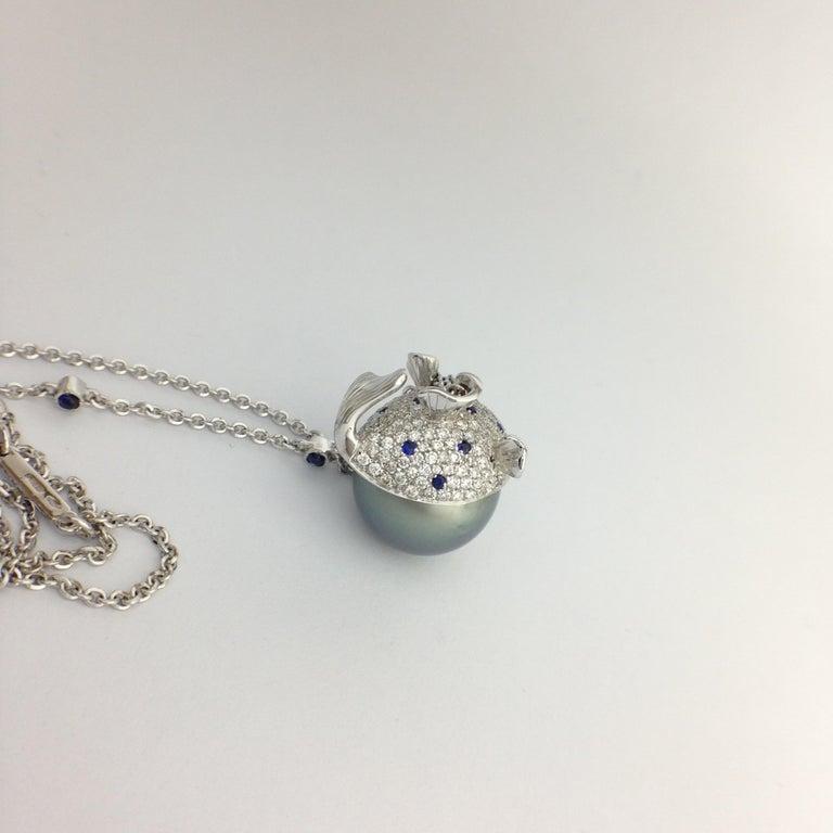 Pendant/Necklace Puffer Fish White Diamond Blue Sapphire Tahiti Pearl 18Kt Gold  For Sale 2