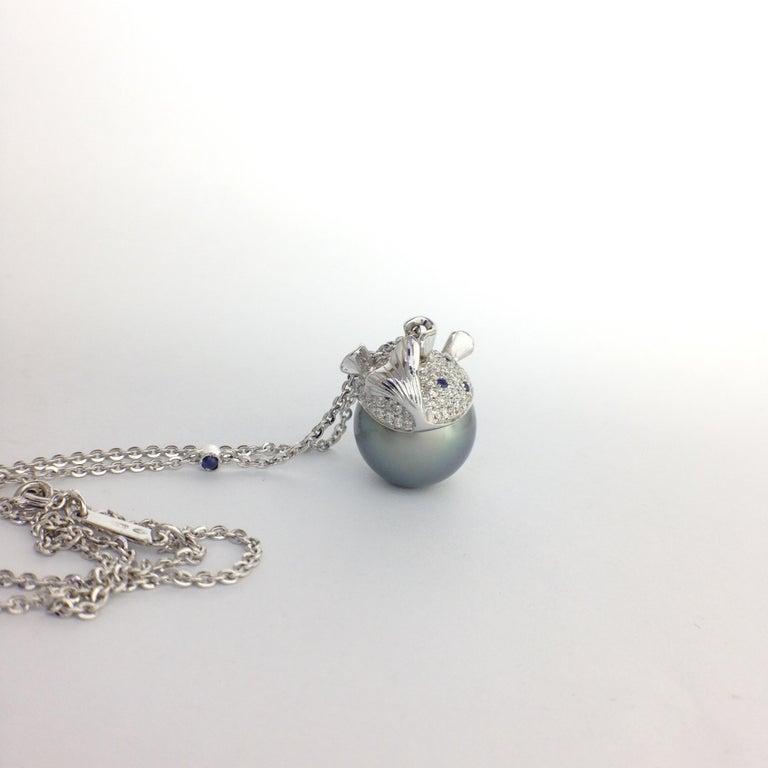 Pendant/Necklace Puffer Fish White Diamond Blue Sapphire Tahiti Pearl 18Kt Gold  For Sale 4