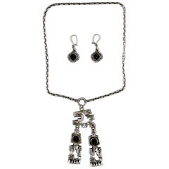 Pentti Sarpaneva, Finland, Modernist Necklace in Silver with Matching Earrings