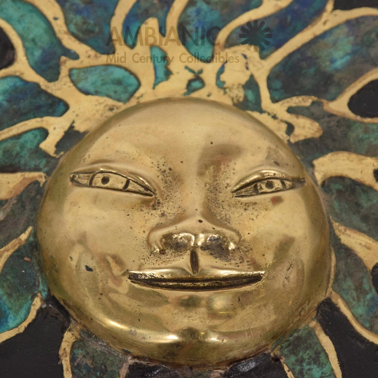 Mexican Pepe Mendoza Malachite Sun God on Round Brass Bamboo Table 1950s Modernism For Sale