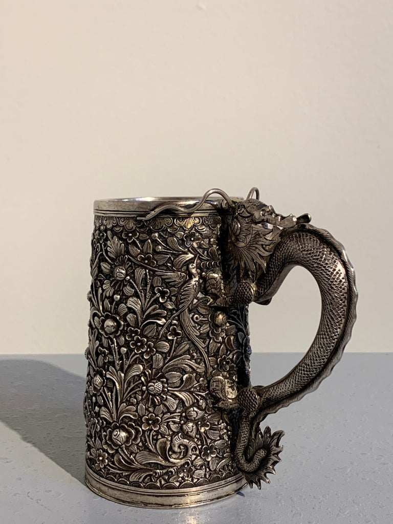 Cast Peranakan Chinese Export Silver Tankard with Dragon Handle, 19th Century For Sale