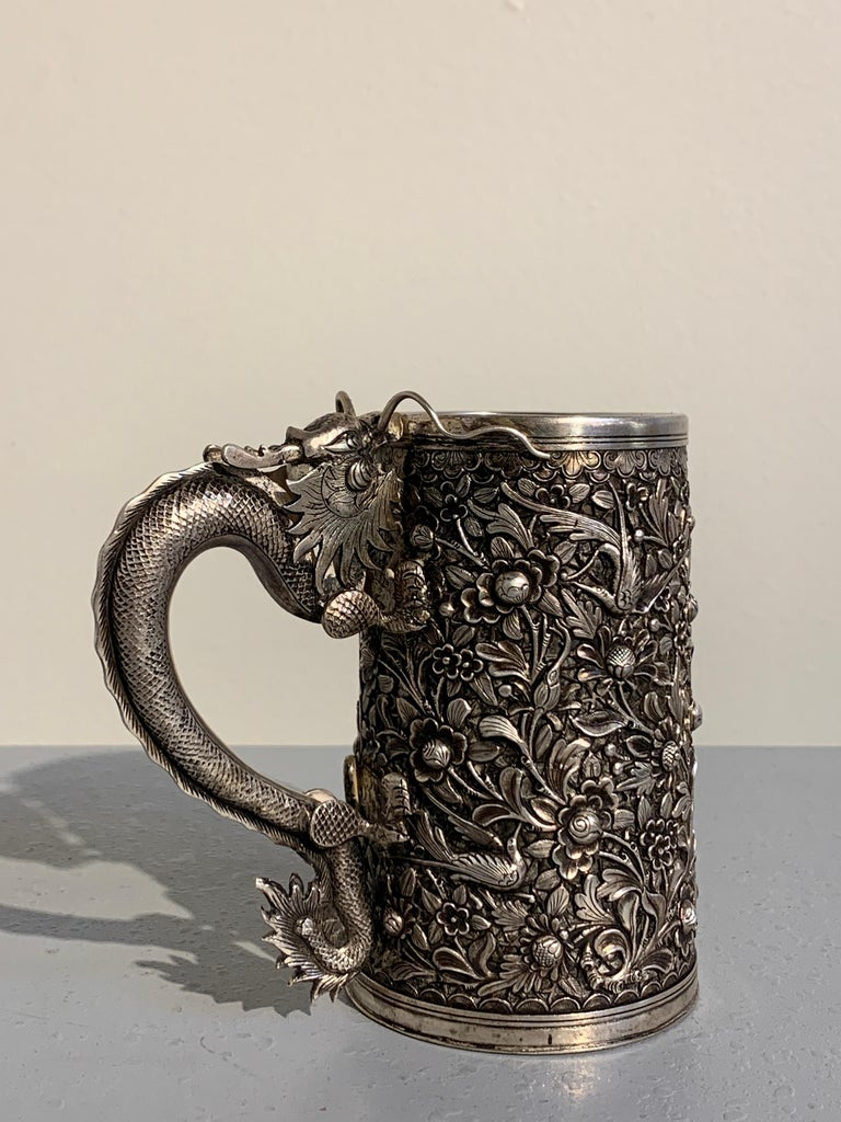 Peranakan Chinese Export Silver Tankard with Dragon Handle, 19th Century In Good Condition For Sale In Austin, TX