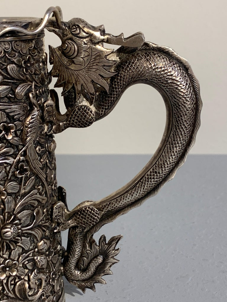 Peranakan Chinese Export Silver Tankard with Dragon Handle, 19th Century For Sale 3