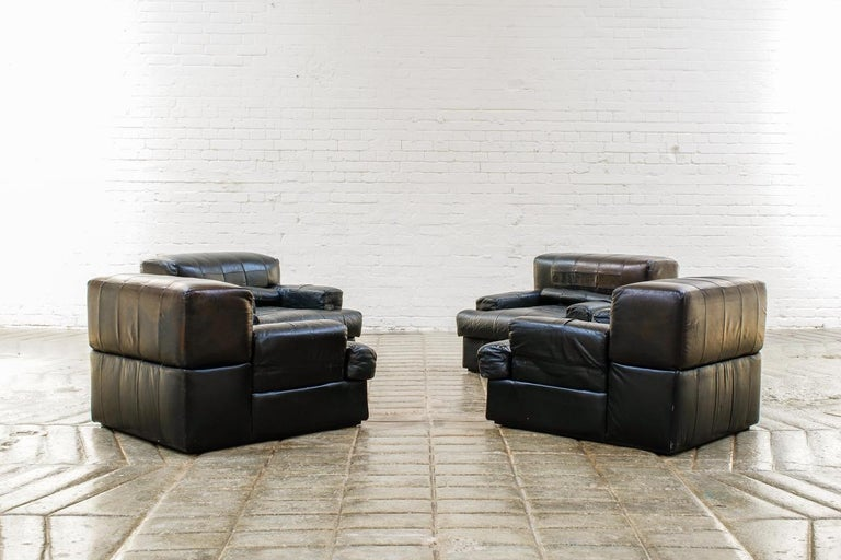 Percival Lafer Brazilian Black Leather Modular Sofa/Two Pair Chairs For Sale 7