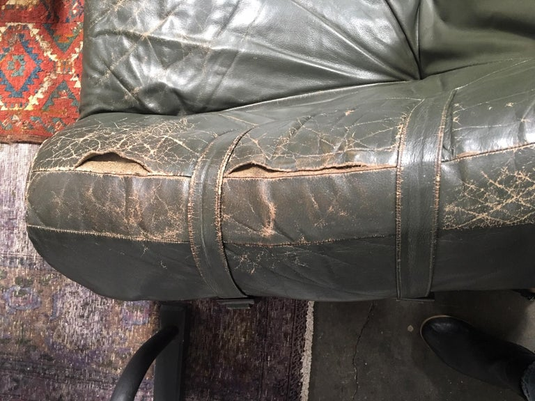 Percival Lafer Brazilian Sofa with Dark Green Leather For Sale 1