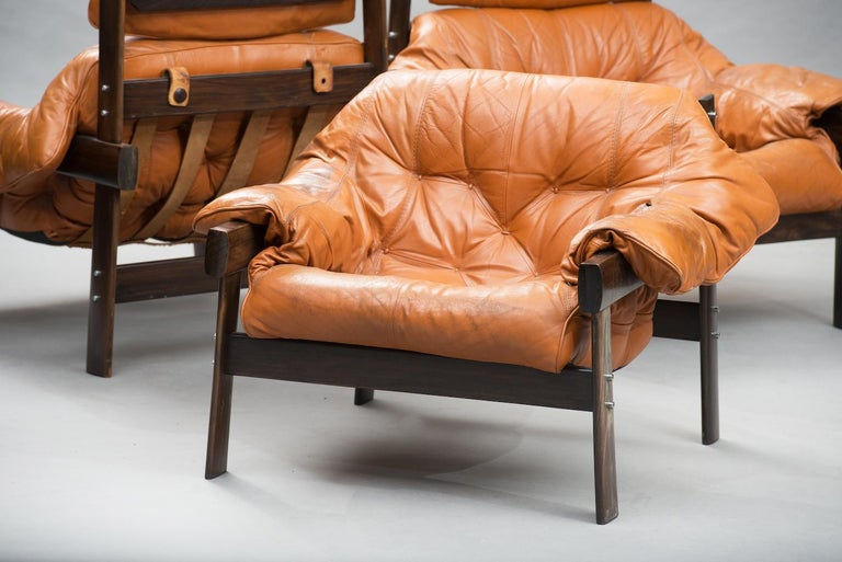 Percival Lafer mid-century modern rosewood lounge Chairs for Lafer, Brazil 1960s In Distressed Condition For Sale In Porto, PT