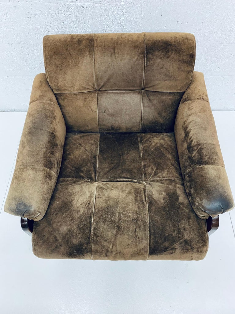 Late 20th Century Percival Lafer Midcentury Brazilian Brown Suede and Rosewood Lounge Chair For Sale