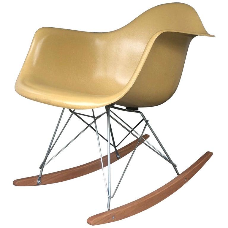 Hermes Miller Eames Rar Schaukelstuhl In Einwandfreiem Zustand Im