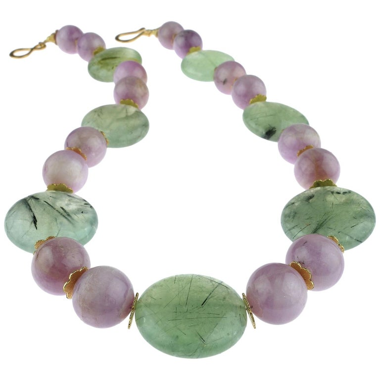Perfect Summer Necklace of Kunzite and Prehnite For Sale