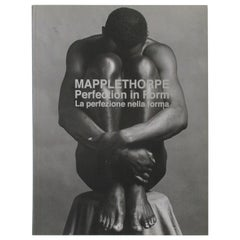 Perfection in Form 'English and Italian Edition' Robert Mapplethorpe Book