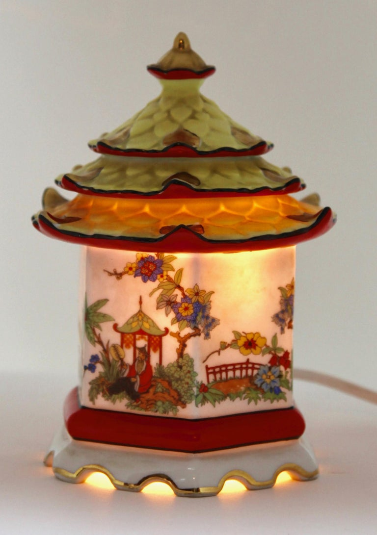 Rare and gorgeous perfume lamp attributed to Carl Scheidig Grafenthal, Germany.
