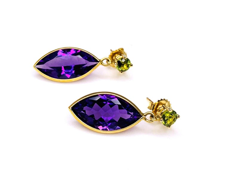 Peridot and Amethyst 18 Karat Yellow Gold Earrings For Sale 1