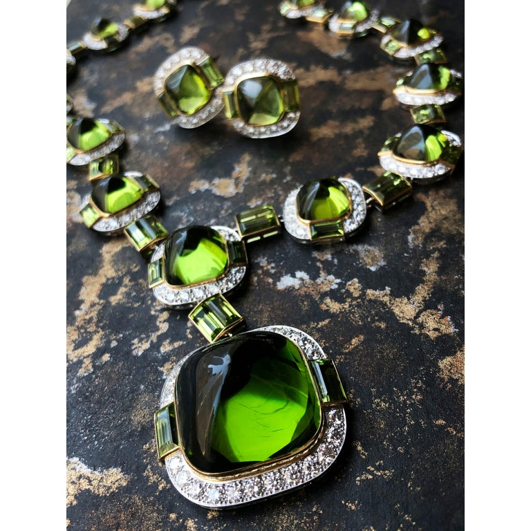 Siegelson Peridot Diamond Platinum Gold Suite of Necklace and Earrings  In New Condition For Sale In New York, NY