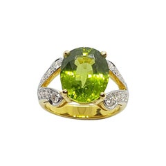Peridot and Diamond Ring in 18k Gold Setting