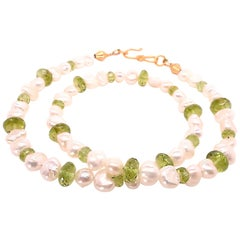Peridot and White Freshwater Pearl Choker Necklace or Bracelet