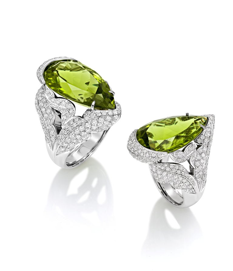 Contemporary PERIDOT Diamond Pave' 18KT White Gold Made in Italy Ring  For Sale