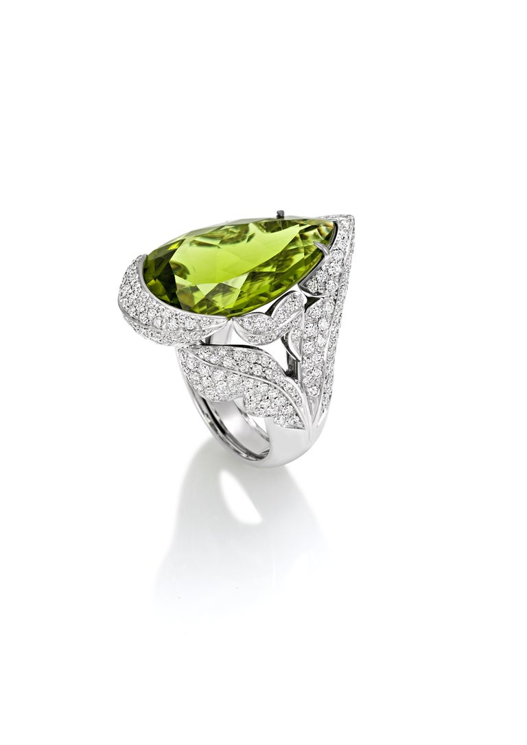 Pear Cut PERIDOT Diamond Pave' 18KT White Gold Made in Italy Ring  For Sale