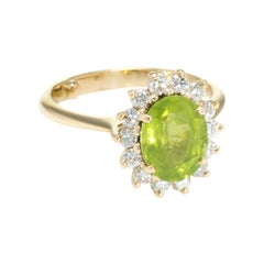 Peridot Diamond Princess Cocktail Ring Vintage 18 Karat Gold Estate Jewelry