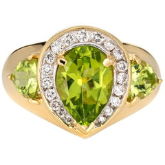 Peridot Diamond Ring Vintage 18 Karat Gold Pear Shaped Estate Fine Jewelry