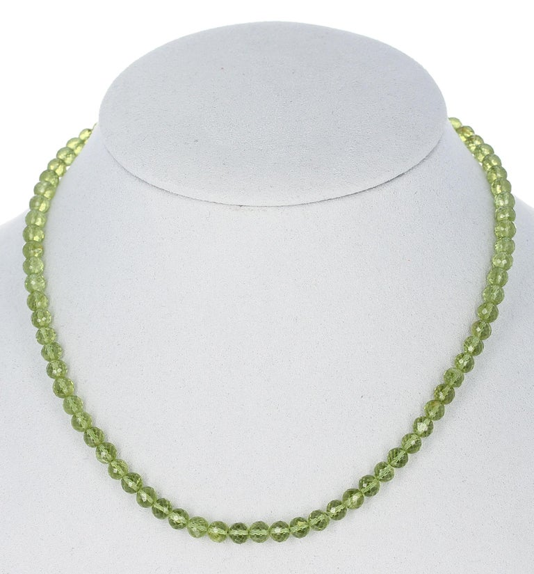Peridot faceted round  beads AA 5.5mm 7 strand