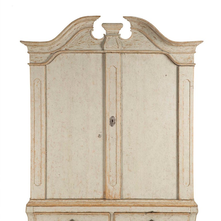 Period 18th Century Rococo Swedish Cabinet For Sale 1