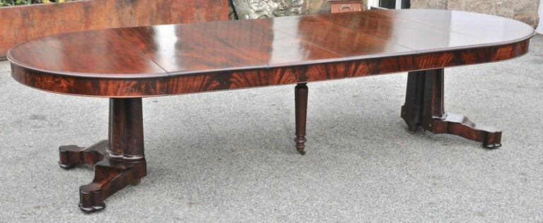 Period American Early 19th Century Round Extension Dining Table by Charles Hobe For Sale 1