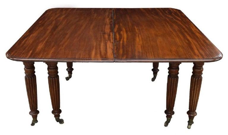 Period Early 19th Century Irish Regency Mahogany Dining Table For Sale 1