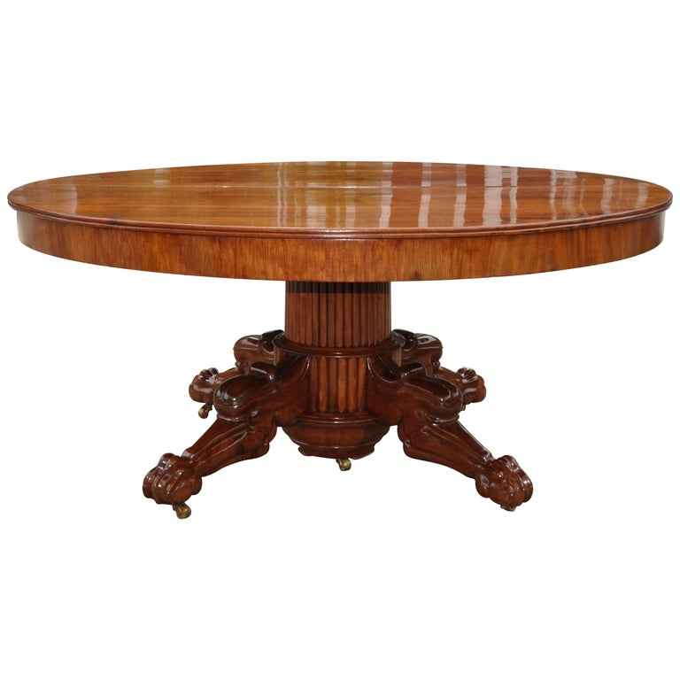 Period Early 19th Century Neoclassical Walnut Round Expanding Dining Table