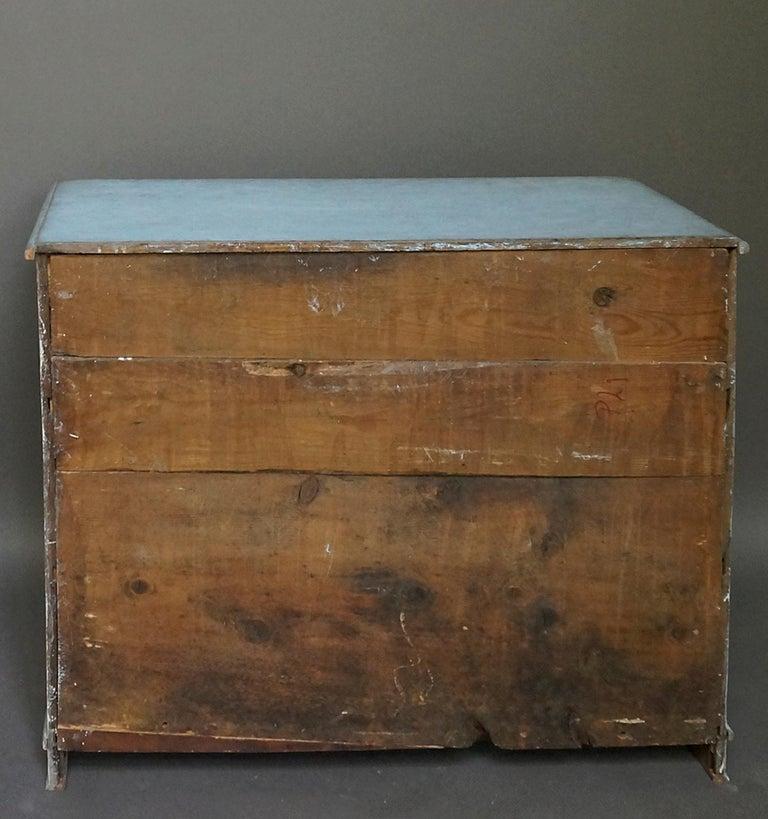 Period Gustavian Three-Drawer Chest For Sale 3