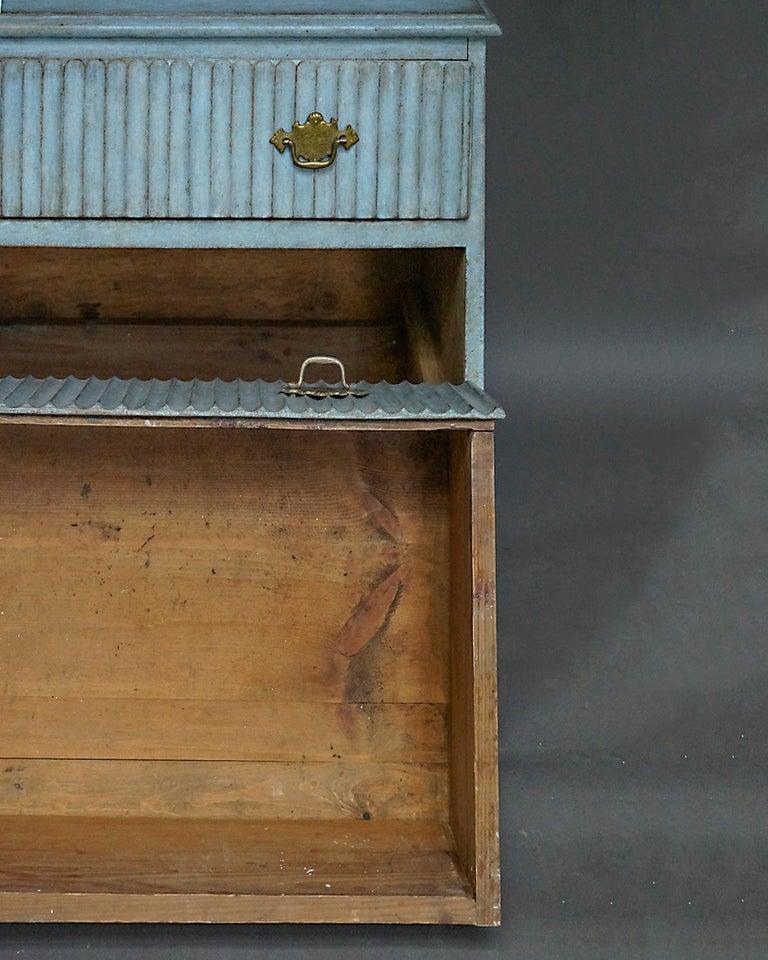 Swedish Period Gustavian Three-Drawer Chest For Sale