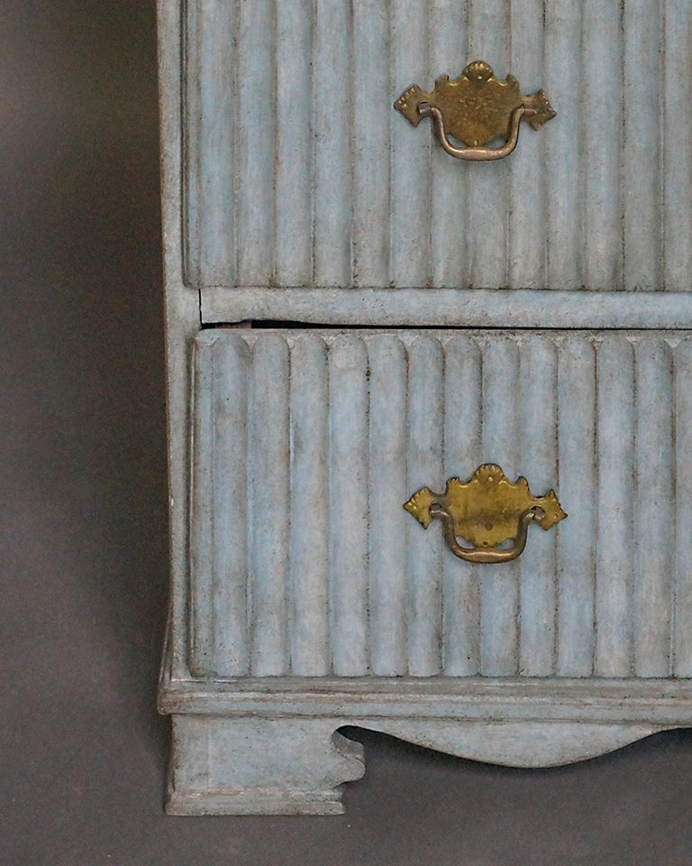 19th Century Period Gustavian Three-Drawer Chest For Sale