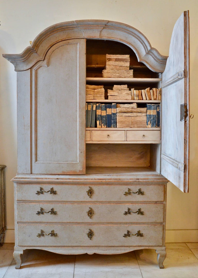 Hand-Carved Period Rococo Swedish Cabinet, Sweden, circa 1760 For Sale