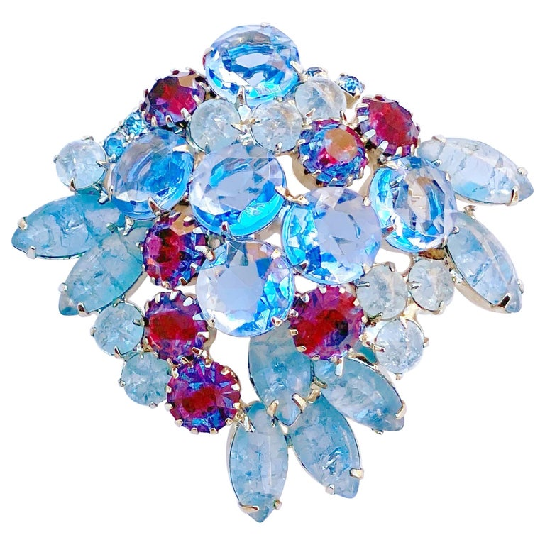 Periwinkle Blue Crystal Rhinestone Layered Juliana Brooch By DeLizza & Elster For Sale