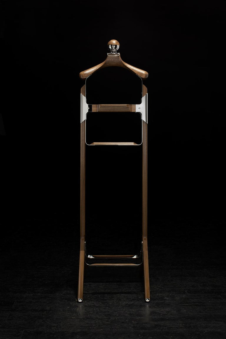 Permanent Style Valet Stand By Honorific In Stainless