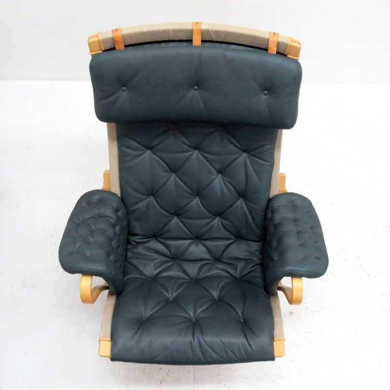 Pernilla Lounge Chair with Ottoman by Bruno Mathsson for DUX For Sale 2